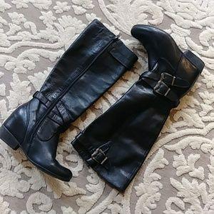 Gorgeous EUC black leather boots